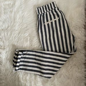 2/$30 ⚡️ - PANTS | Numph size small
